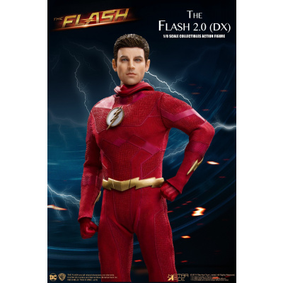 DC Comics: The Flash TV - Deluxe The Flash 1:8 Scale Action Figure