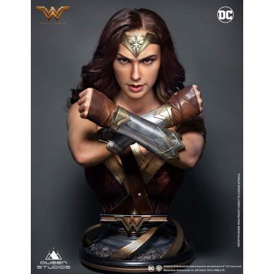 DC Comics: Wonder Woman 1:1 Scale Bust