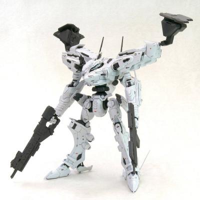 Armored Core Fine Scale Model Kit 1/72 White Glint & V.O.B. Set 18 cm