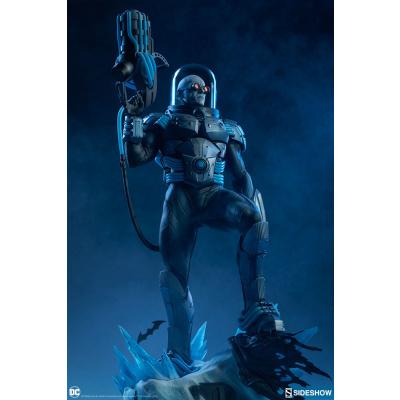 DC Comics: Mr. Freeze Premium Statue