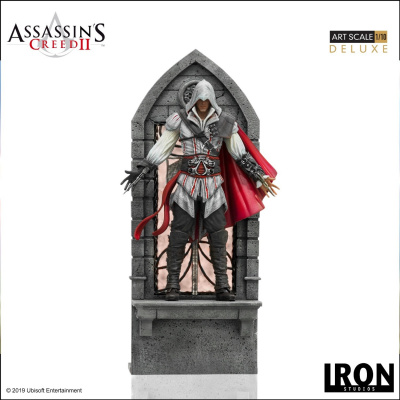 Assassin's Creed 2: Deluxe Ezio Auditore 1:10 Scale Statue