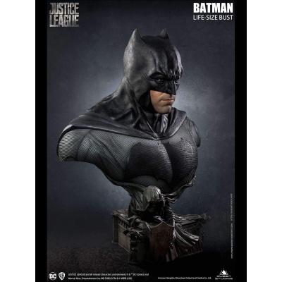 DC Comics: Justice League - Batman 1:1 Scale Bust