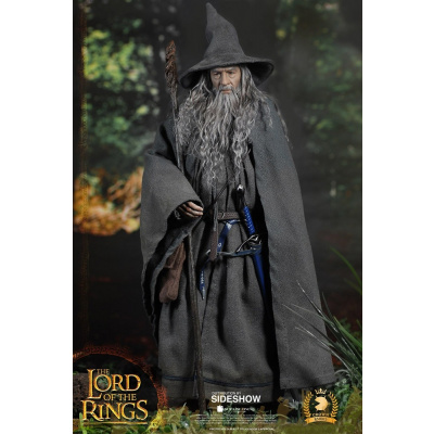 Lord of the Rings: Gandalf the Grey 1:6 Scale Figure