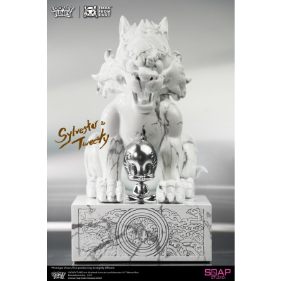 Looney Tunes: Sylvester and Tweety White Marble Statue