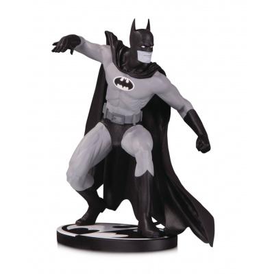 DC Comcis: Batman Black and White - Batman Statue by Gene Colan