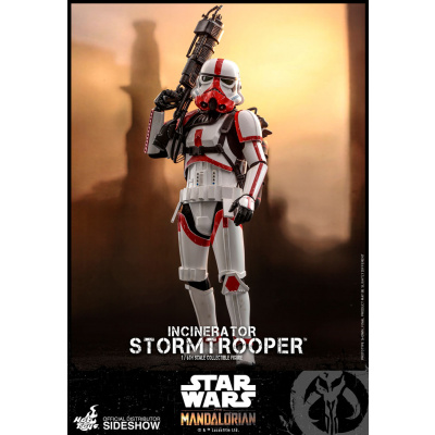 Star Wars: The Mandalorian - Incinerator Stormtrooper 1:6 Scale Figure