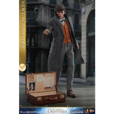Harry Potter: Fantastic Beasts 2 - Newt Scamander 1:6 Scale Figure