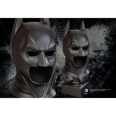 DC Comics: Batman - The Dark Knight Special Edition Full Size Cowl