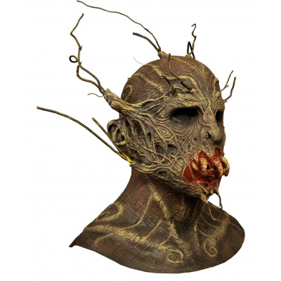 The Terror of Hallows Eve: Scarecrow Mask
