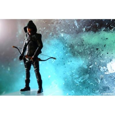 DC Comics: Green Arrow 1:12 Scale Action Figure
