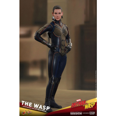 Marvel: Ant-Man and The Wasp - The Wasp 1:6 Scale Figure