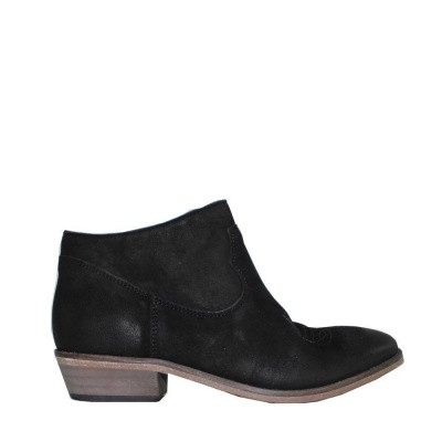 Foto van Catarina Martins Olsen Suede Low Boot Black