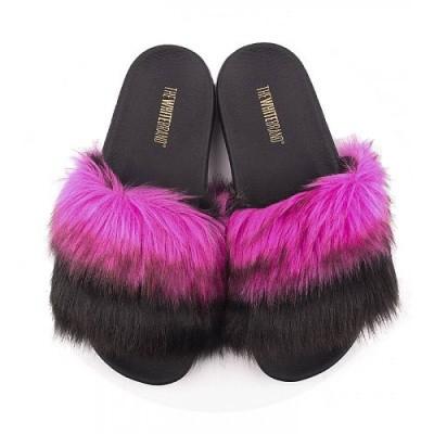 Foto van TheWhiteBrand Pink Fur