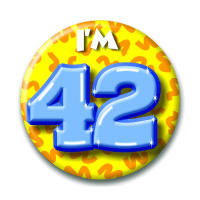 Foto van Button 42 jaar