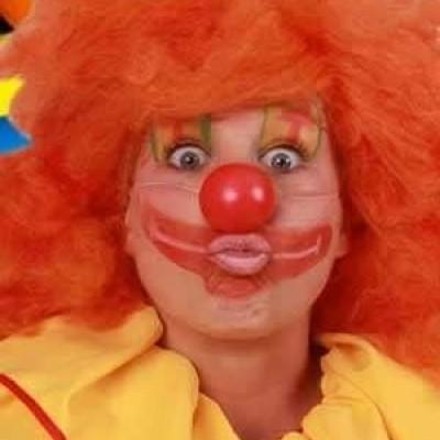 Foto van Clownsneus met elastiek