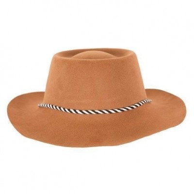 Cowboy hoed plastic bruin