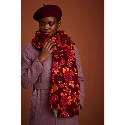 Foto van King Louie sjaal met rozen Doherty