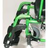 Afbeelding van Lichtgewicht Rolstoel V300 D groen met gevormde rug