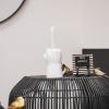 Bild von Mittelfinger-Kerzenständer-Weiß