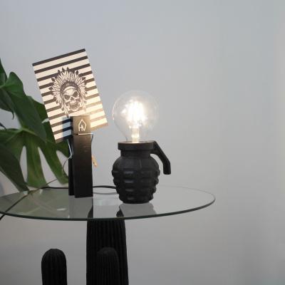 Handgranat-Lampe-9x10cm schwarz