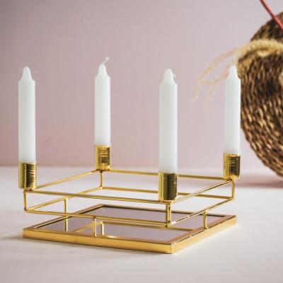 Kerzenständer - Gold.