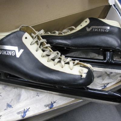 Viking 1 lage vaste schaats.