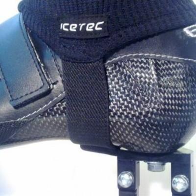 Foto van Snijvast enkelsokje Icetec voor een vast schaatsonderstel