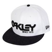 Foto van OAKLEY 75' SNAP-BACK CAP 91960-82D
