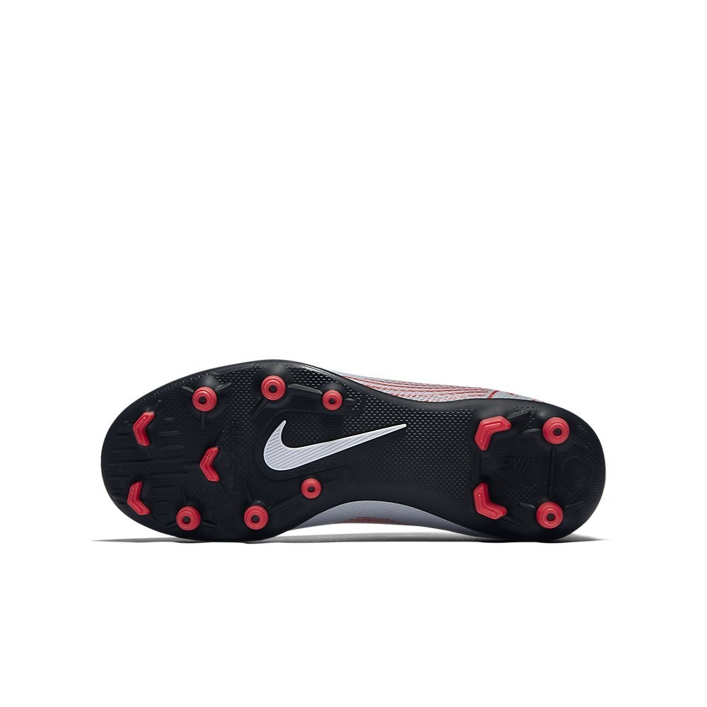 Afbeelding van Nike Mercurial Vapor XII Club MG Kids Grijs