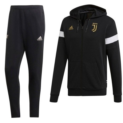 Foto van Juventus Seasonal Special Hoodie Set
