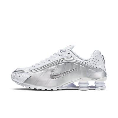 Foto van Nike Shox R4