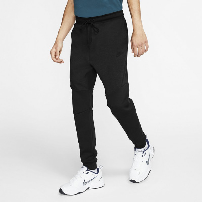 Foto van Nike Tech Fleece Pant