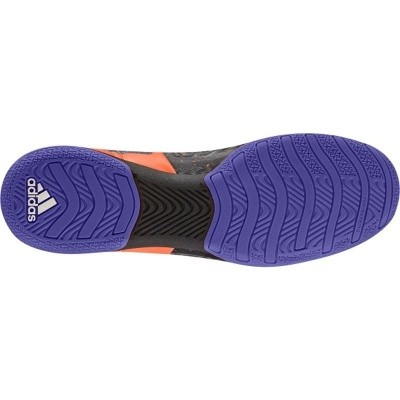 Foto van Adidas X 15.2 CT