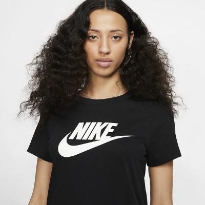 Foto van Nike Sportswear Women Essential T-Shirt Black