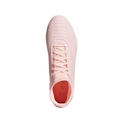 Foto van Adidas Predator 18.3 FG Pink