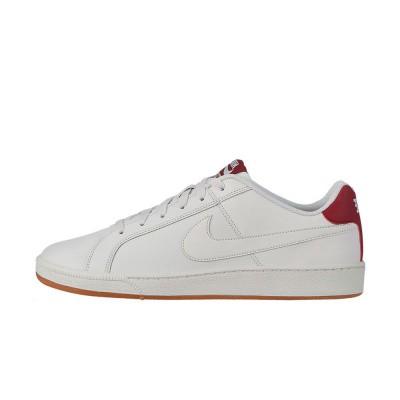 Foto van Nike Court Royale