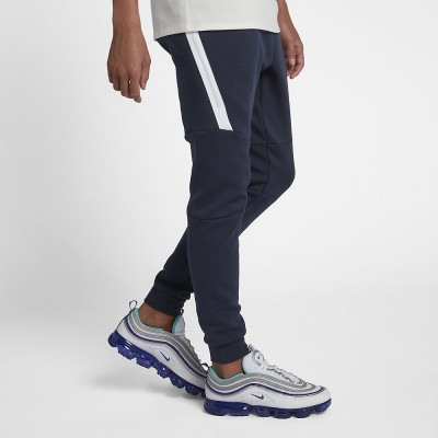 Foto van Nike Tech Fleece Pant Obsidian