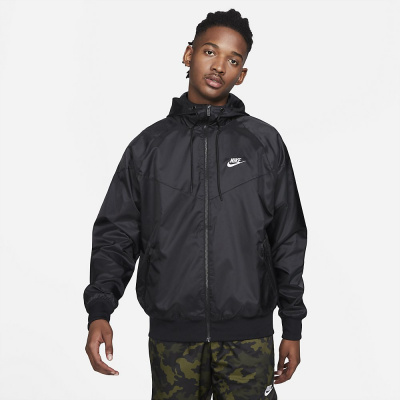 Foto van Nike Sportswear Windrunner Black
