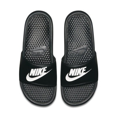Foto van Nike Benassi