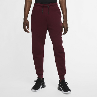 Foto van Nike Tech Fleece Pant Dark Dark Beetroot