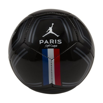 Foto van Paris Saint-Germain Skills Mini Bal