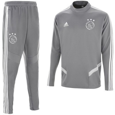 Foto van AJAX Training Set Home