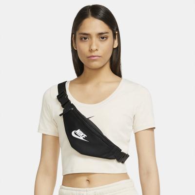 Foto van Nike Sportswear Heritage heuptas Black White