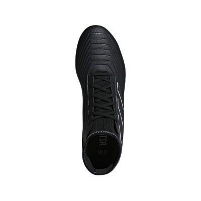 Foto van Adidas Predator 18.3 FG Zwart