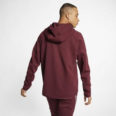 Foto van Nike Sportswear Tech Fleece Maroon