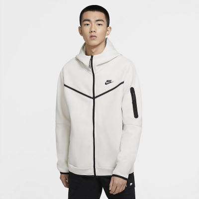 Foto van Nike Sportswear Tech Fleece Hoodie Light Bone