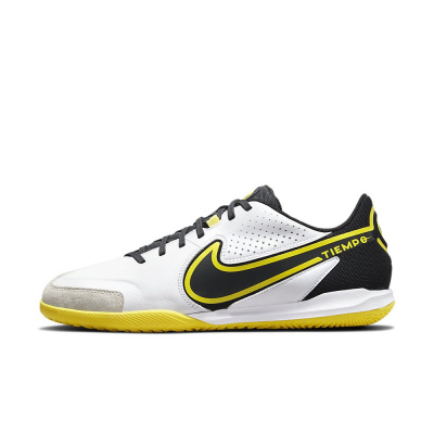 Foto van Nike Tiempo Legend 9 Academy IC