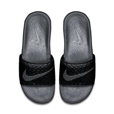 Foto van Nike Benassi Solarsoft