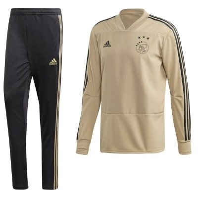 Foto van Ajax Amsterdam Training Set