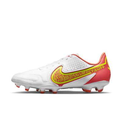 Foto van Nike Tiempo Legend 9 Club MG White Bright Crimson